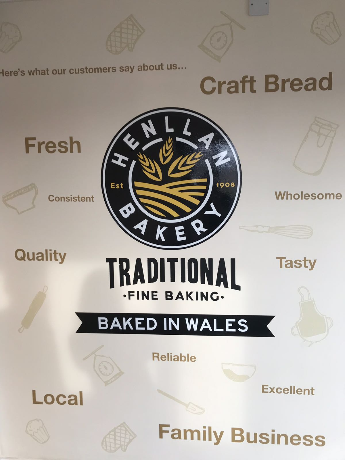 Henllan Bakery logo